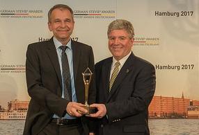 Die Merck KGaA gewinnt Gold bei den 3. German Stevie Awards