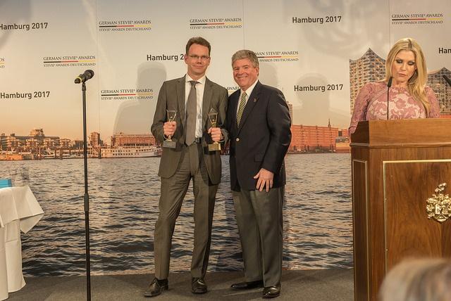 Weber Shandwick gewinnt Gold bei den Support Awards der German Stevie Awards 2017