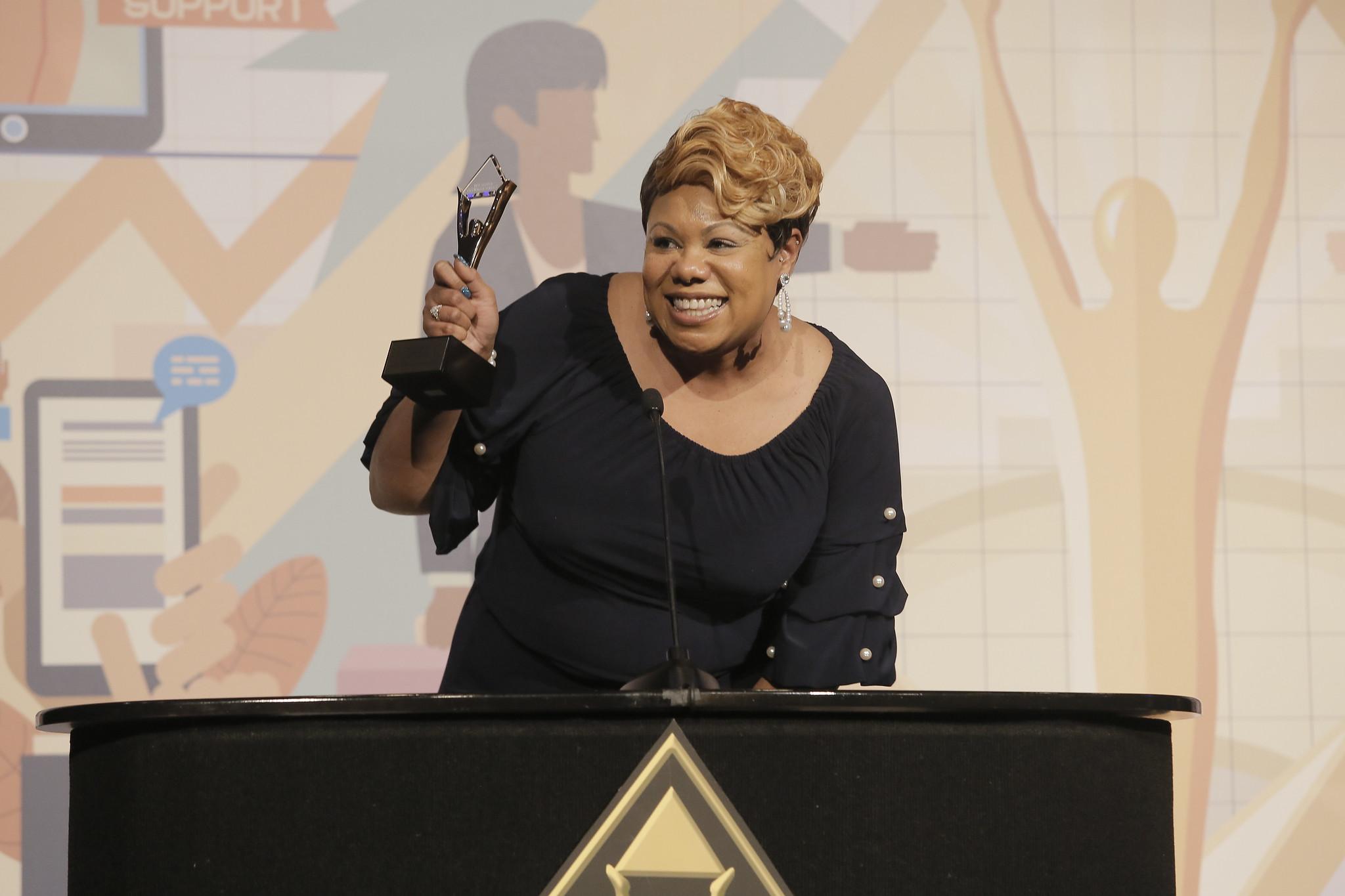Die Stevie® Awards for Women in Business 2020 präsentieren die stolzen Gewinnerinnen